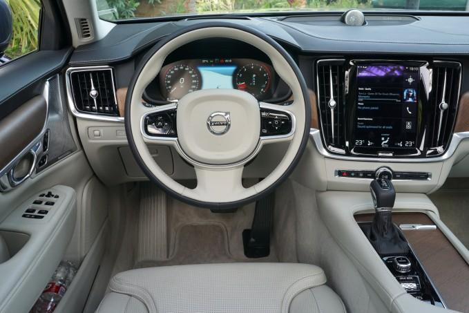 S90-2018